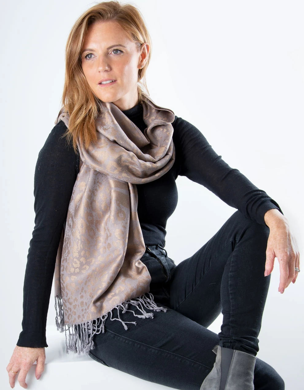an image showing a silver & gold Reversible Animal print pashmina