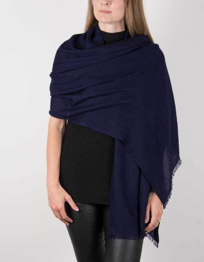 an image showing a pure cashmere pashmina in navy