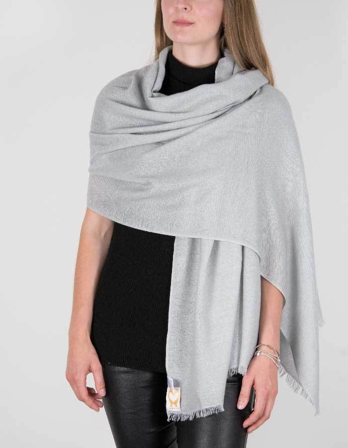 an image showing a pure cashmere pashmina in silver grey