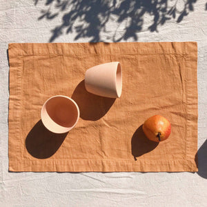 Placemat set in Nut