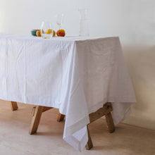 Tablecloth in White