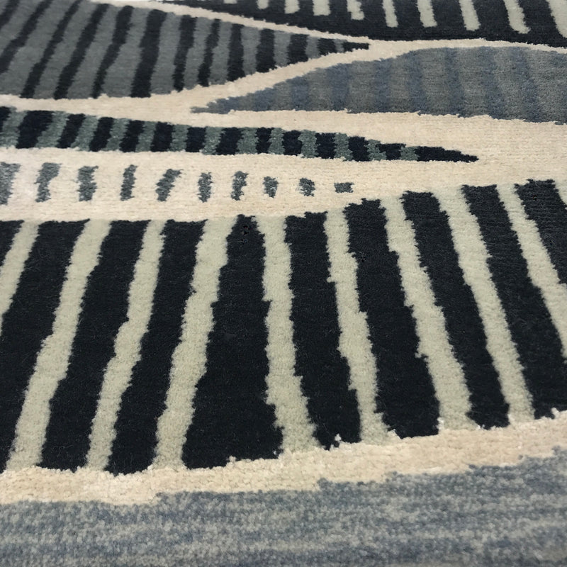 Suisai Rug