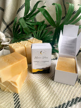Load image into Gallery viewer, ANTIOXIDANT : Carrot + Turmeric Soap Bar