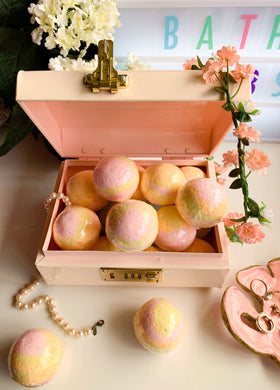 Grapefruit Bath Bomb
