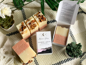 SOOTHE : Calamine + Kaolin Soap Bar