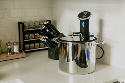 Tuxton Home Sous Vide Pot with Anova Sous Vide Immersion Cooker