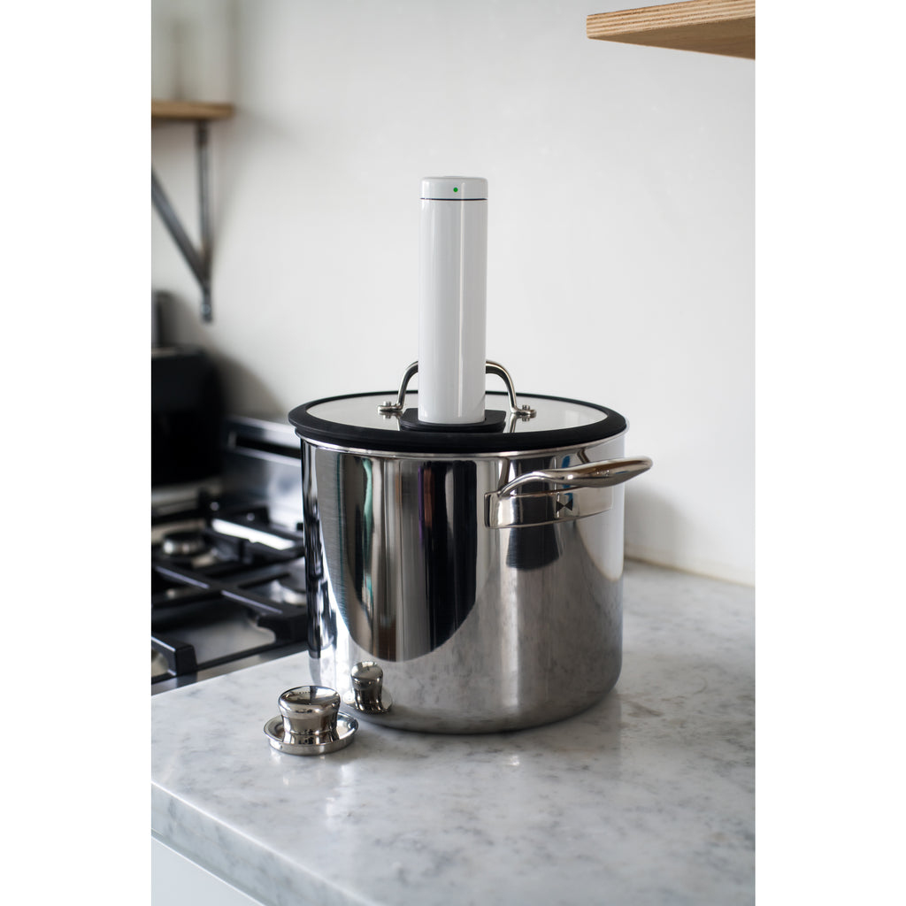 Chef Series Bundle: Sous Vide Pot with Joule Adapter