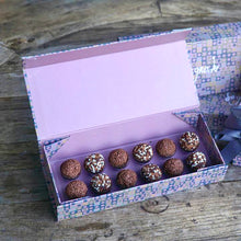 Load image into Gallery viewer, BRIGADEIRO -  GIFT BOX 12