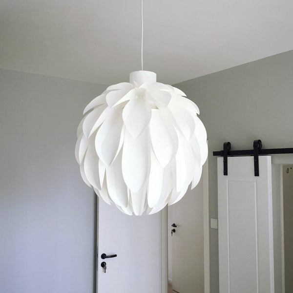 Danish Pine Cone Pendant Lamp for Decoration