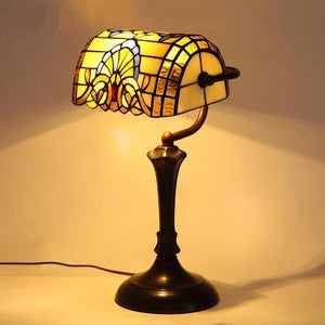 Stylish Baroque Stained Glass Table Lamps Dimmer switch