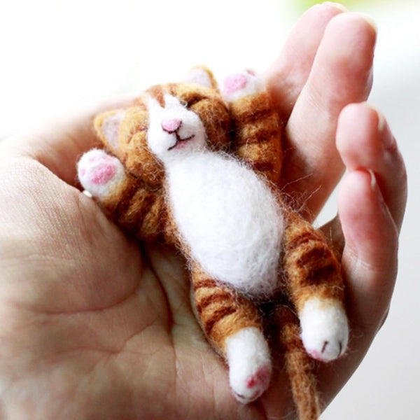 Lazy Cat Needle Felting Kit Lying in Hand (10cm)-Funny But Useful-Default title 0-Khadiza Electricals