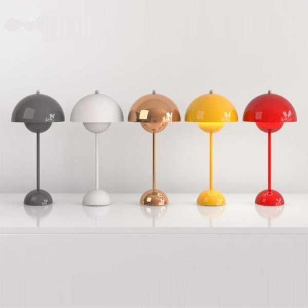 Flowerpot VP3 table lamp