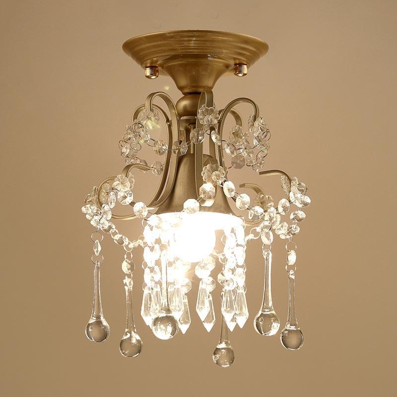 Luxurious Lustres Crystal Chandelier
