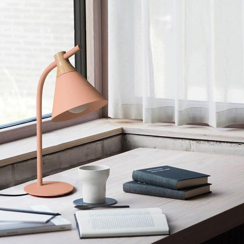 Simplistic Iron-Wood Table Lamp (E27 LED)
