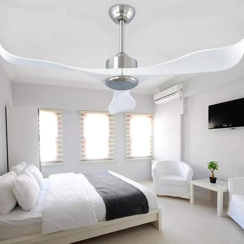Curved Blade Ceiling fan with Remote Control 110-240V