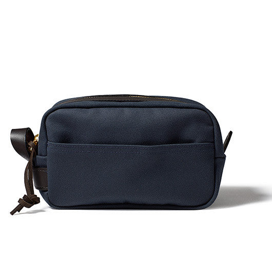 Filson Travel Kit in Navy