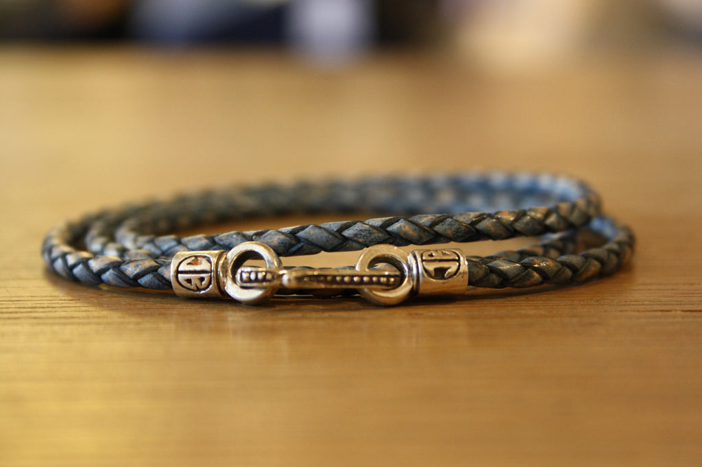 Blood Stone Jewels Triple Wrap Bracelet in Washed Out Blue