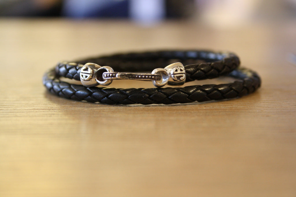 Blood Stone Jewels Double Wrap Bracelet in Black
