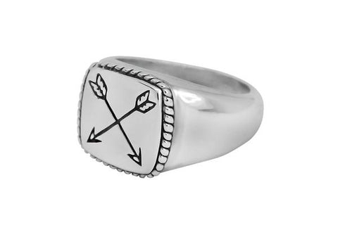 Kemmi Arrow Ring in Silver