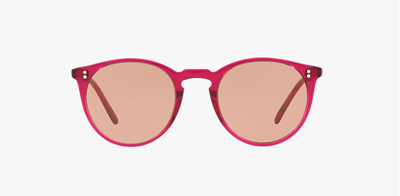 Oliver Peoples O'malley SUN in Bright Magenta + Photocromic Brown Gold lens