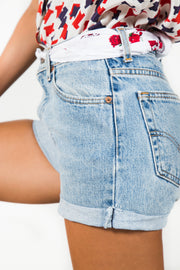 Vintage 80s Levis Mom Light-Wash Denim Shorts