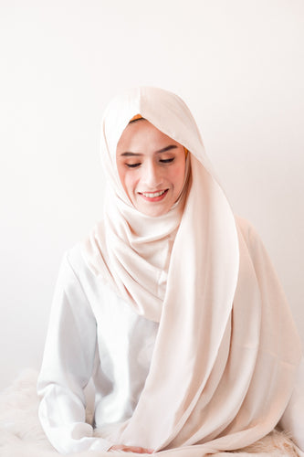Bubble Satin Hijab | YELENA.PH