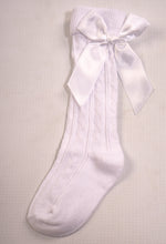 Load image into Gallery viewer, Girls White Knee Length Sock With Bow