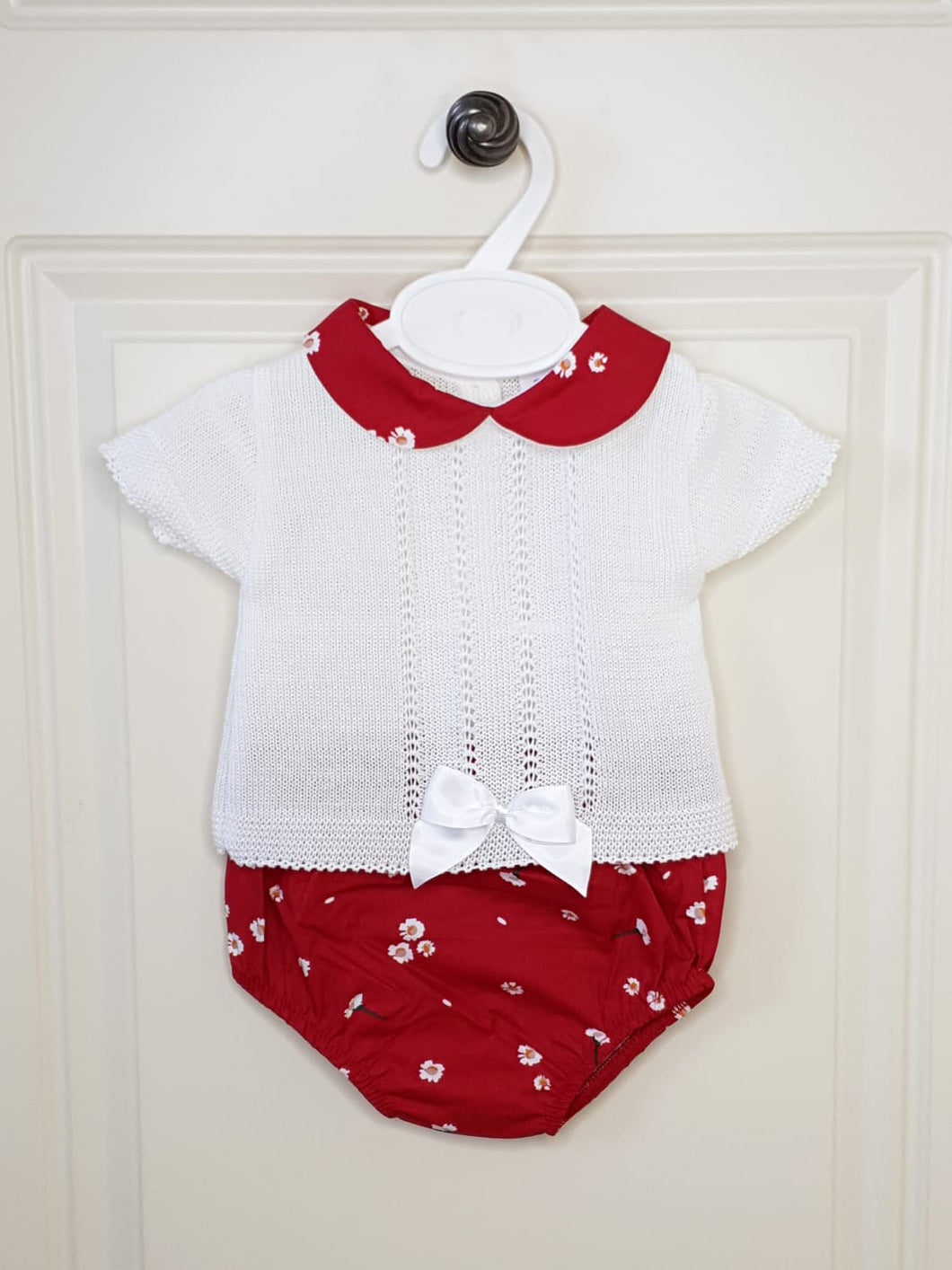 Spanish Knit 2 Piece Set With Daisies