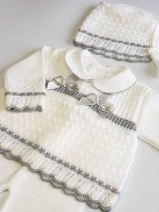 Knitted 3 Piece Outfit With Bonnet In Silver