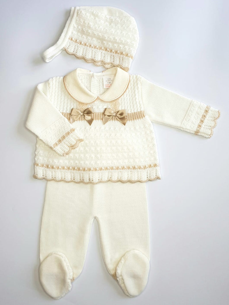 Knitted 3 Piece Outfit With Bonnet In Gold