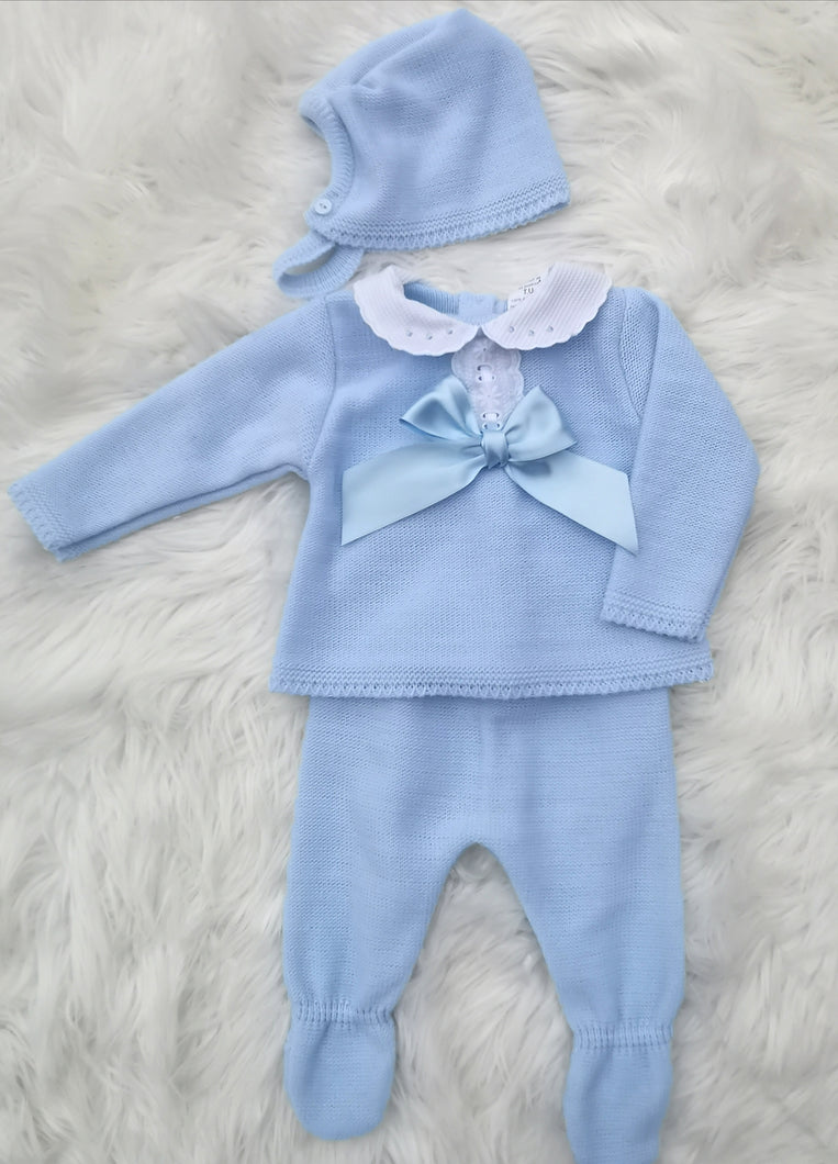 Blue Knitted 3 Piece Outfit With Bonnet And Bow