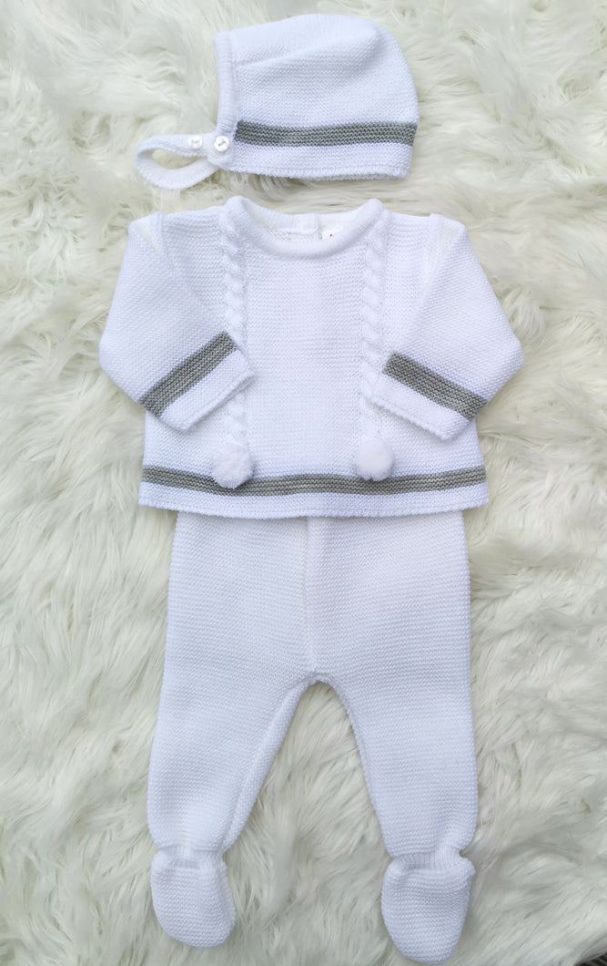 Unisex White Knitted 3 Piece Outfit With Bonnet And Pompoms