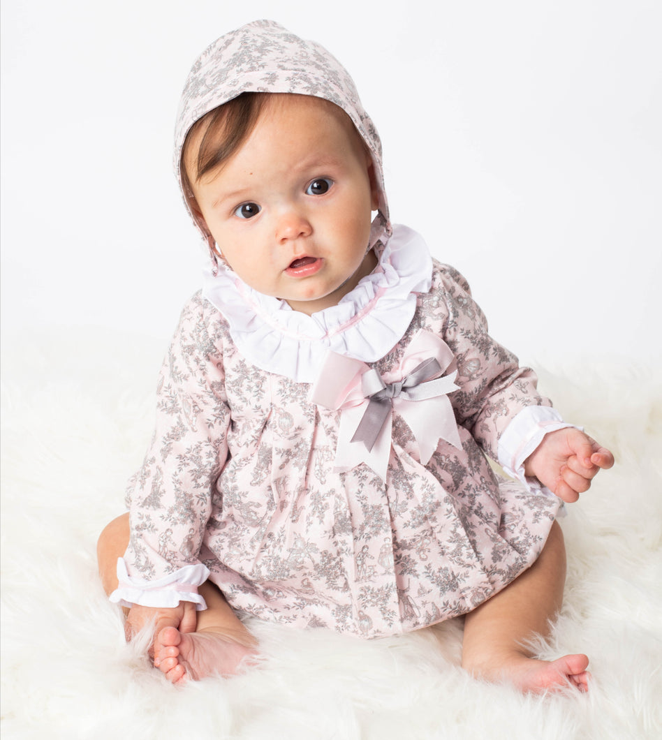 BABY-FERR - Vintage Design Dress With Matching Bloomers And Bonnet