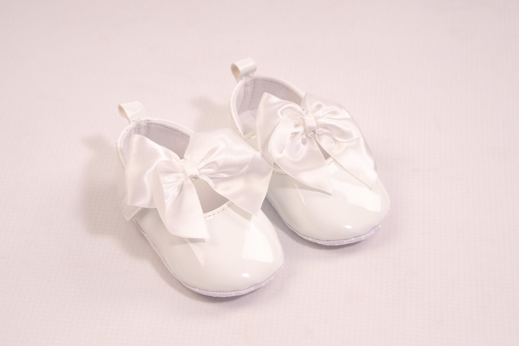 Baby Girls White Shoes With Bow