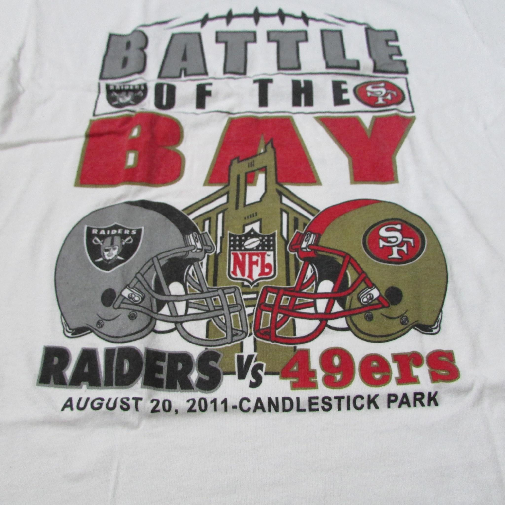 Battle of The Bay Raiders 49ers Football T-Shirt Candlestick Park 2011 Sz XL