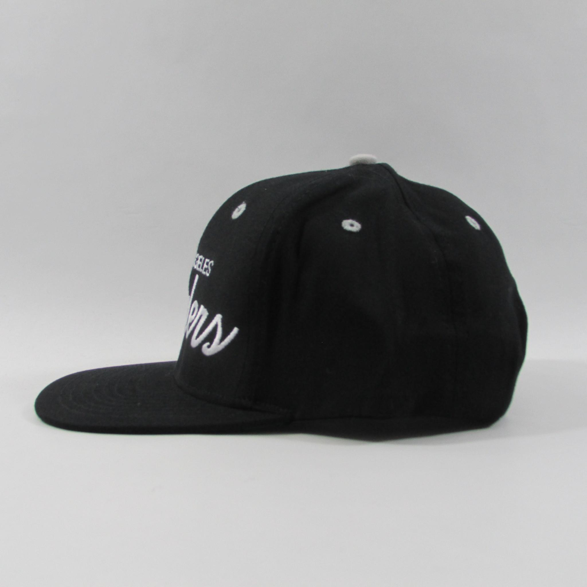 Los Angeles Raiders Throwback Vintage Football Snapback Hat Cursive Font