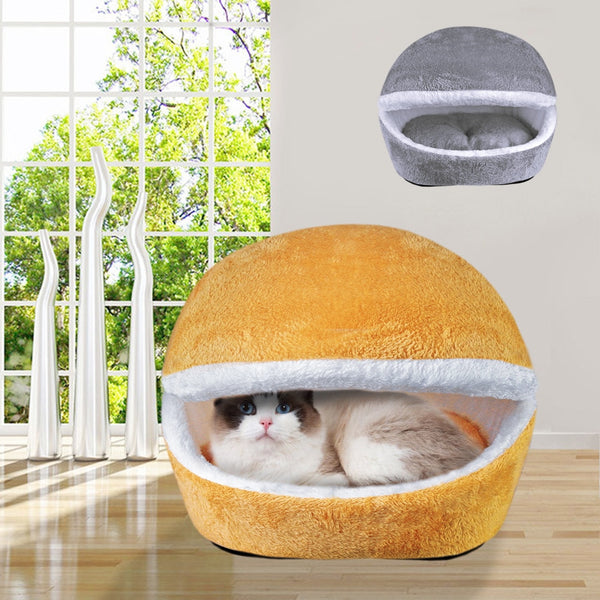 An Adorable House and Mat for Cats & Small Dogs
