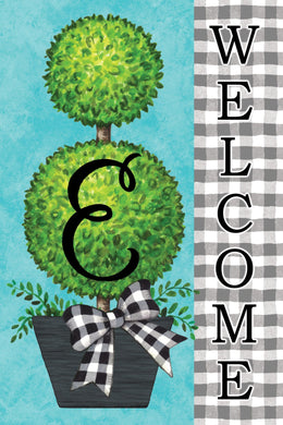 "Gingham Topiary Monogram letter ""E"""