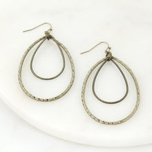 Load image into Gallery viewer, Vintage Teardrop Earrings