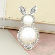Load image into Gallery viewer, Pearl & Crystal Bunny Pin/Pendant