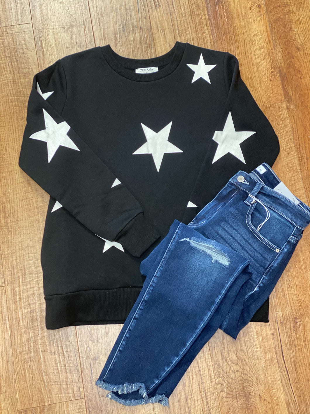 Star Sweatshirt With Side Pockets in Black and Ivory