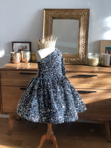 Robe adulte sequins argentés