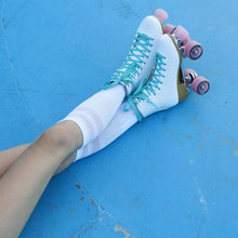 Afbeelding in Gallery-weergave laden, Impala Rollerskates White