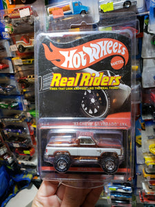 Hot Wheels RLC 83 Chevy Silverado 4X4 Red Line Club Real Riders 2014