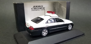 Kyosho RAI'S TOYOTA Zero Crown GRS180 Police car Aritomi. Scale is 1:43. Brand new with box, display case. Box and body=C9.