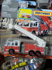 Matchbox Working Rigs MBX Rescue Pierce Velocity Platform Fire Truck
