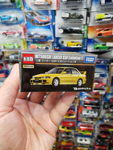 Load image into Gallery viewer, Takara Tomy Tomica Premium Mitsubishi Lancer GSR Evolution III 1/61