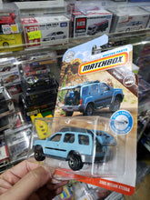 Load image into Gallery viewer, Matchbox Moving Parts 2000 Nissan Xterra