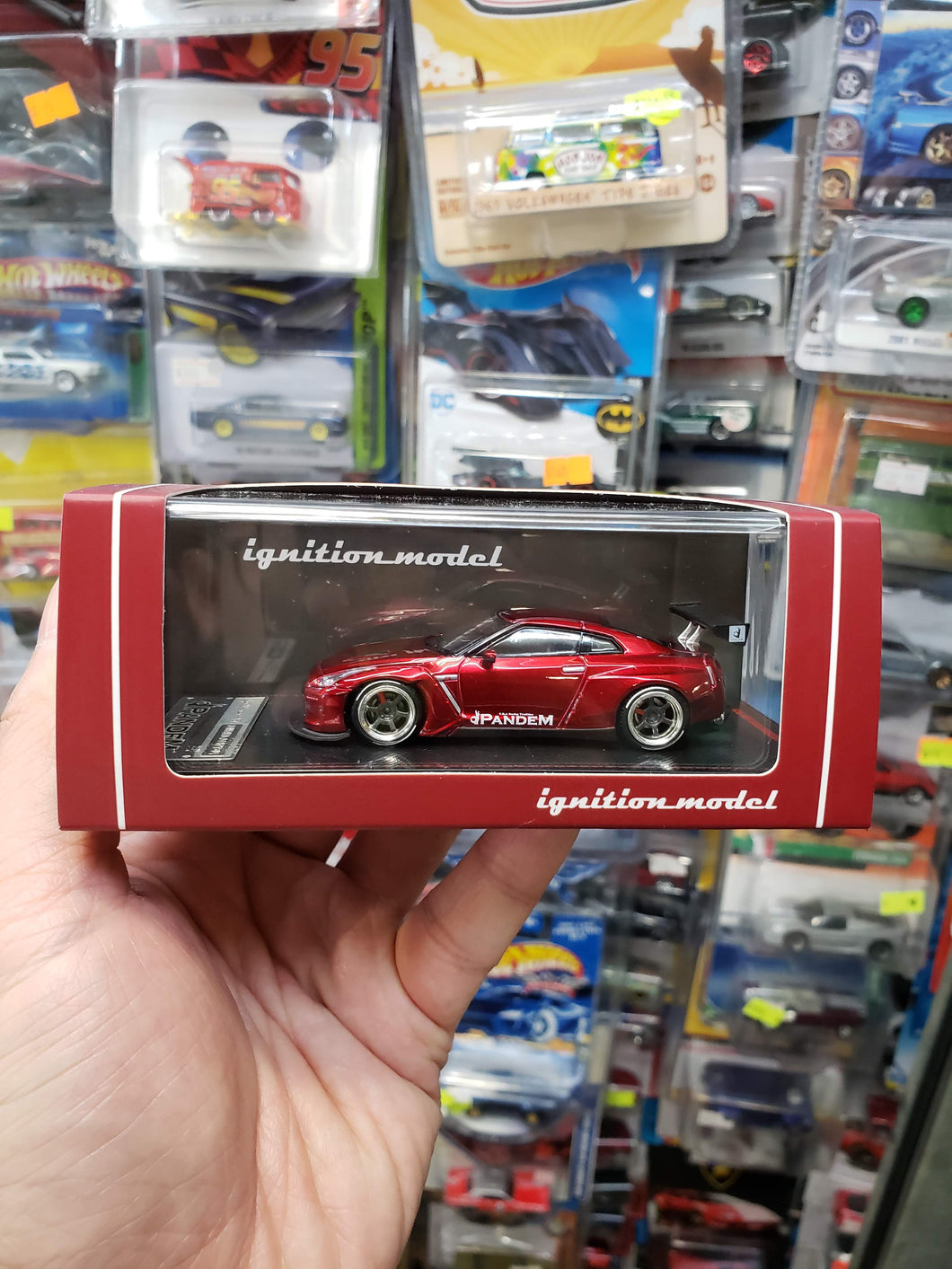 Tarmac ignition model 1:64 Pandem TRA Racing Nissan GT-R Metallic Red ( FREE SHIP WORLDWIDE !!! )