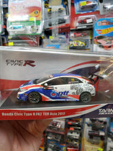 Load image into Gallery viewer, Tarmac Works 1/43 Honda Civic Type R FK2 TCR Asia 2017 ptt Singha Tin Sritrai